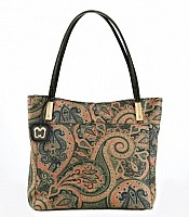 Chant Tote in Persia