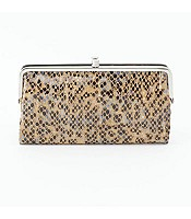 Lauren Clutch in Diamond Snake