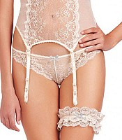 Committed Love Garter E13-1119
